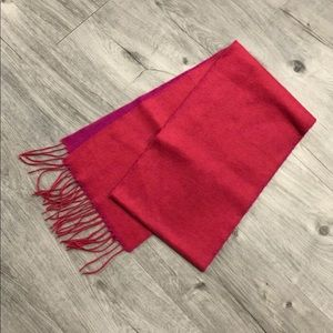 NWOT Two Tone Scarf with fringe ends